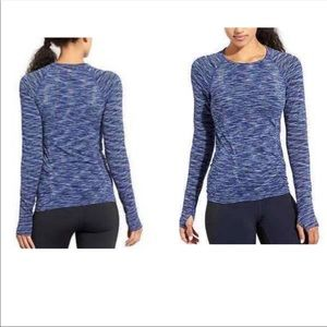 Athleta long sleeve techn shirt for workouts - S